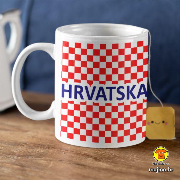 šalica s natpisom slikom hrvatska kockice